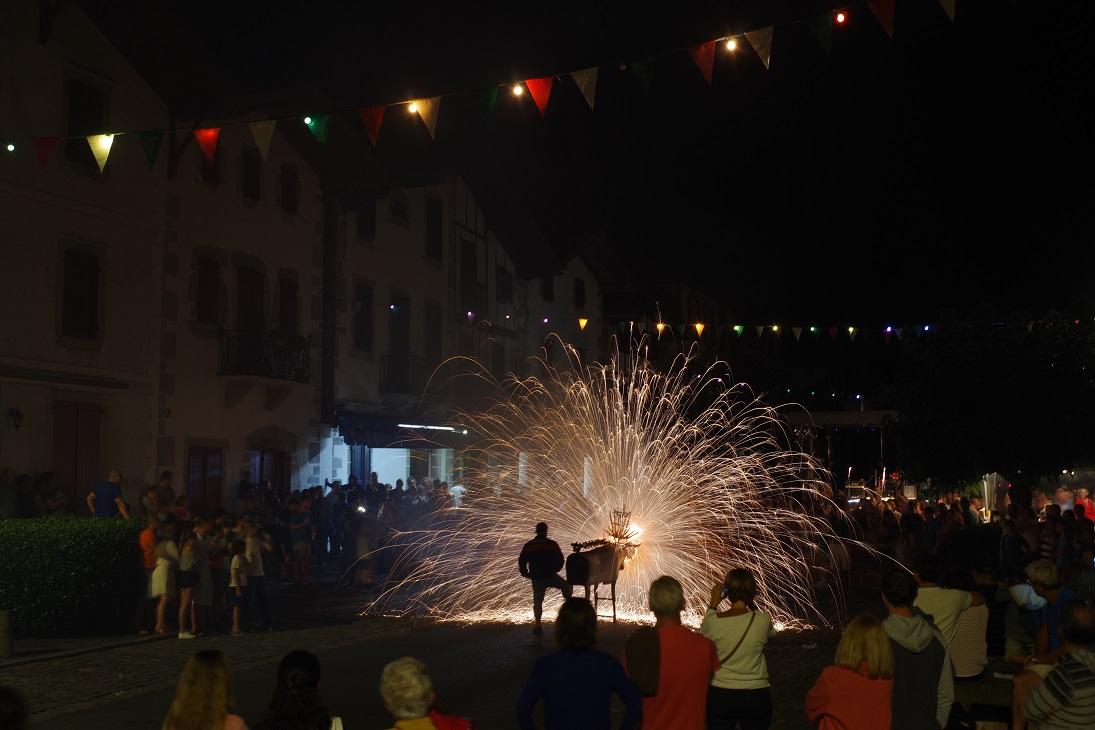 Clichés Prochain maximelicata.fr Toro de Fuego Ainhoa Pays Basque